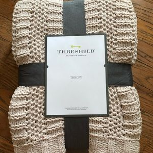 New! Threshold Soft Throw Blanket